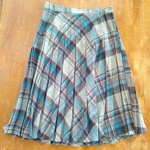 Vintage Plaid Pleated Long skirt 100% wool